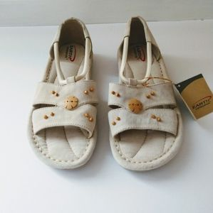Earth Origins Stone Suede Sandals Size 8 W